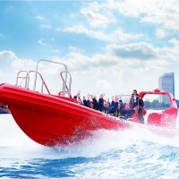 Hen Powerboat Thriller in London