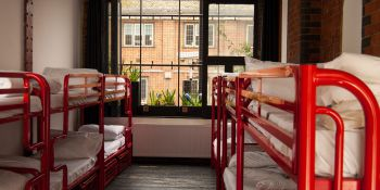 London Hen Best on Budget hotel B&B