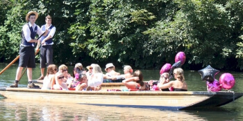 Hen Activities Champagne Punt