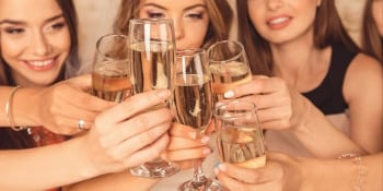 Birthday package Pamper-and-Champers in Bristol
