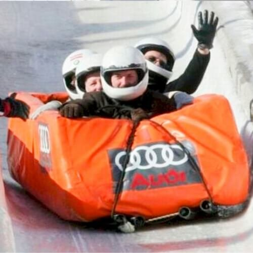 Bobsleigh Sightseeing and Club in Riga Hen
