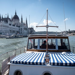 Budapest Party Activities Boat Cruise
